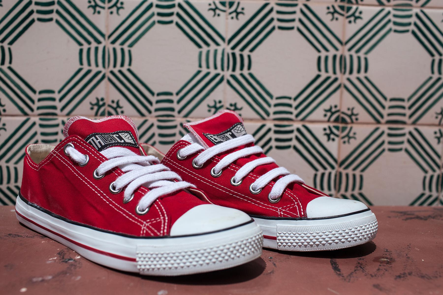 Fair Trainer Cranberry Red