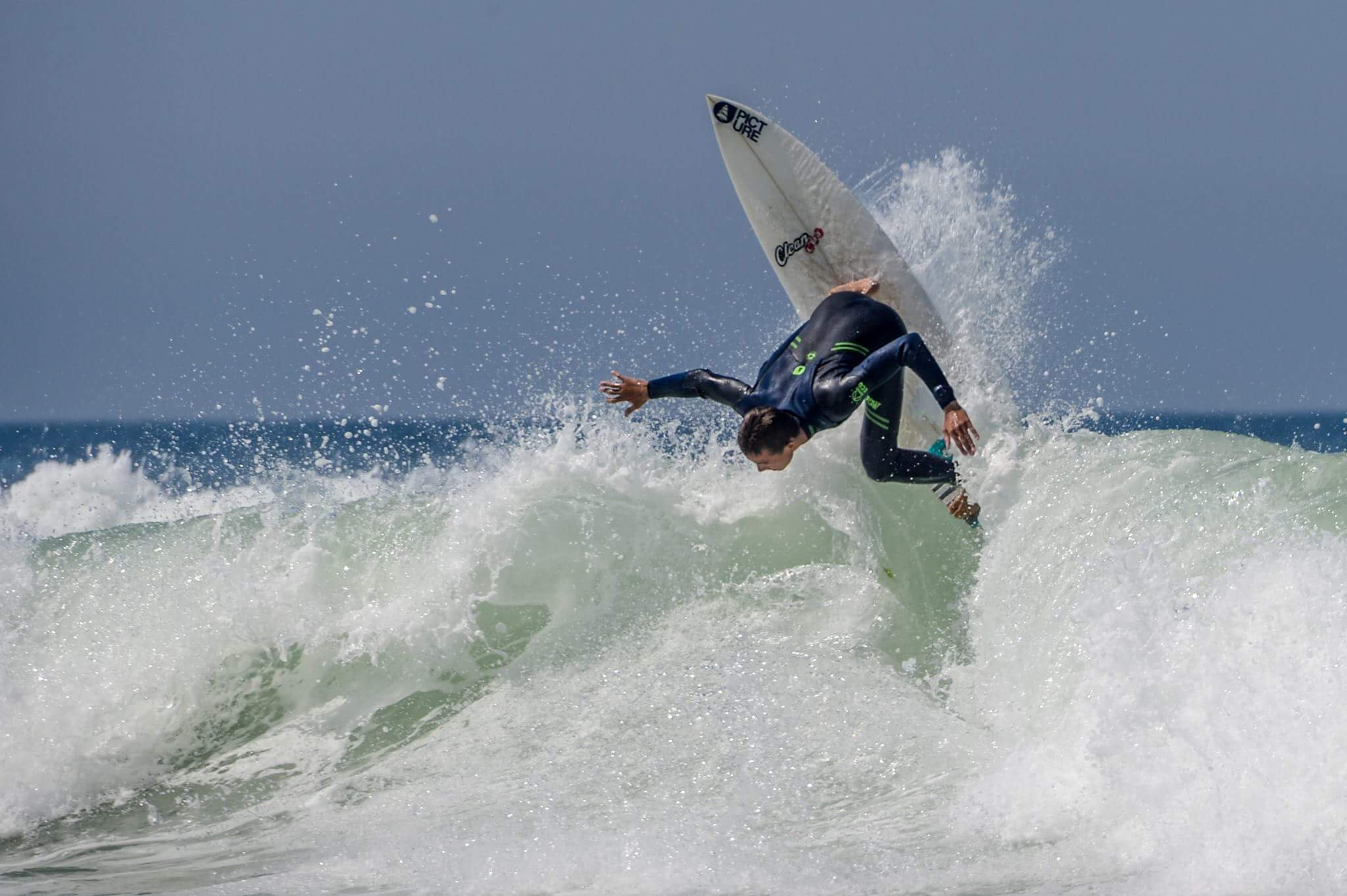 Picture Wetsuits Surfing